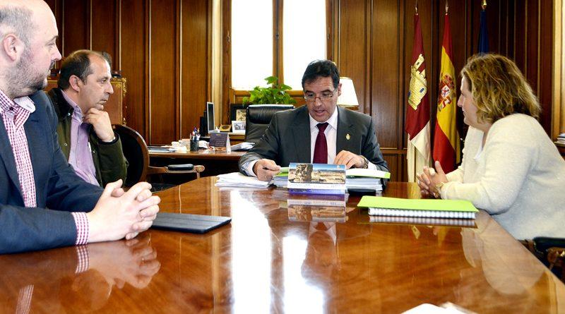 Reunión de la ACP con el presidente de la Diputación